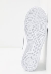 Nike Sportswear - AIR FORCE 1 - Sneakers laag - white - 4