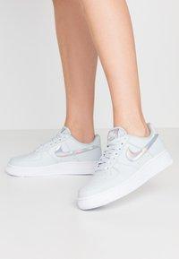 Nike Sportswear - AIR FORCE 1 - Sneakers laag - aura/white - 0