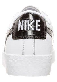 Nike Sportswear - BLAZER - Trainers - white/black - 3