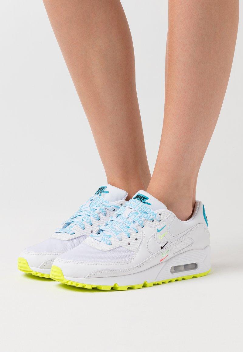 Nike Sportswear - AIR MAX 90 - Sneakers laag - white/blue fury/volt/black