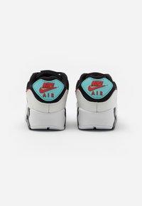 Nike Sportswear - AIR MAX 90 - Sneakers laag - summit white/chile red/bleached aqua/black - 5