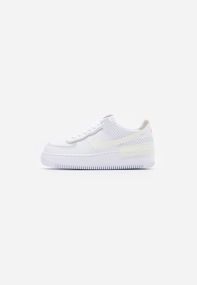 AIR FORCE 1 SHADOW - Sneaker low - white/sail/stone/atomic pink