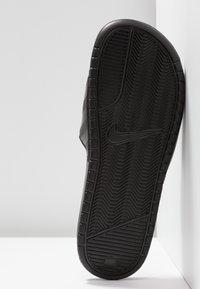 Nike Sportswear - BENASSI - Pantofle - black/vivid pink - 4