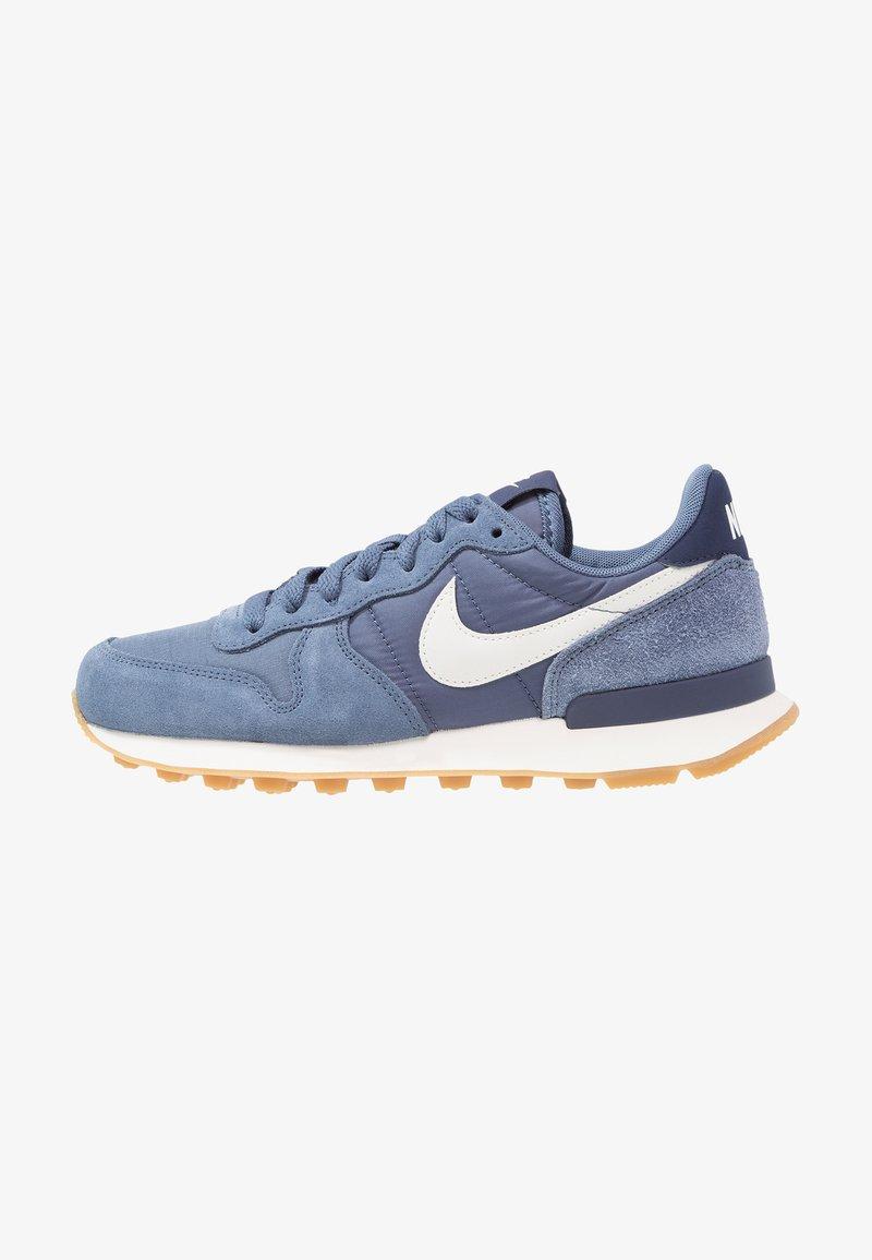 Nike Sportswear - INTERNATIONALIST - Trainers - diffused blue/summit white/neutral indigo/sail/light brown