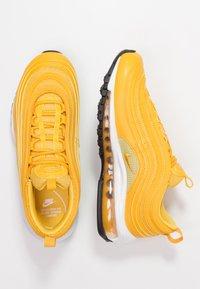 Nike Sportswear - AIR MAX 97 - Sneaker low - mustard/buff gold/white - 3