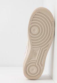 Nike Sportswear - AIR FORCE 1 '07 SE - Sneakers - light pink/light soft pink/summit white/desert sand - 6