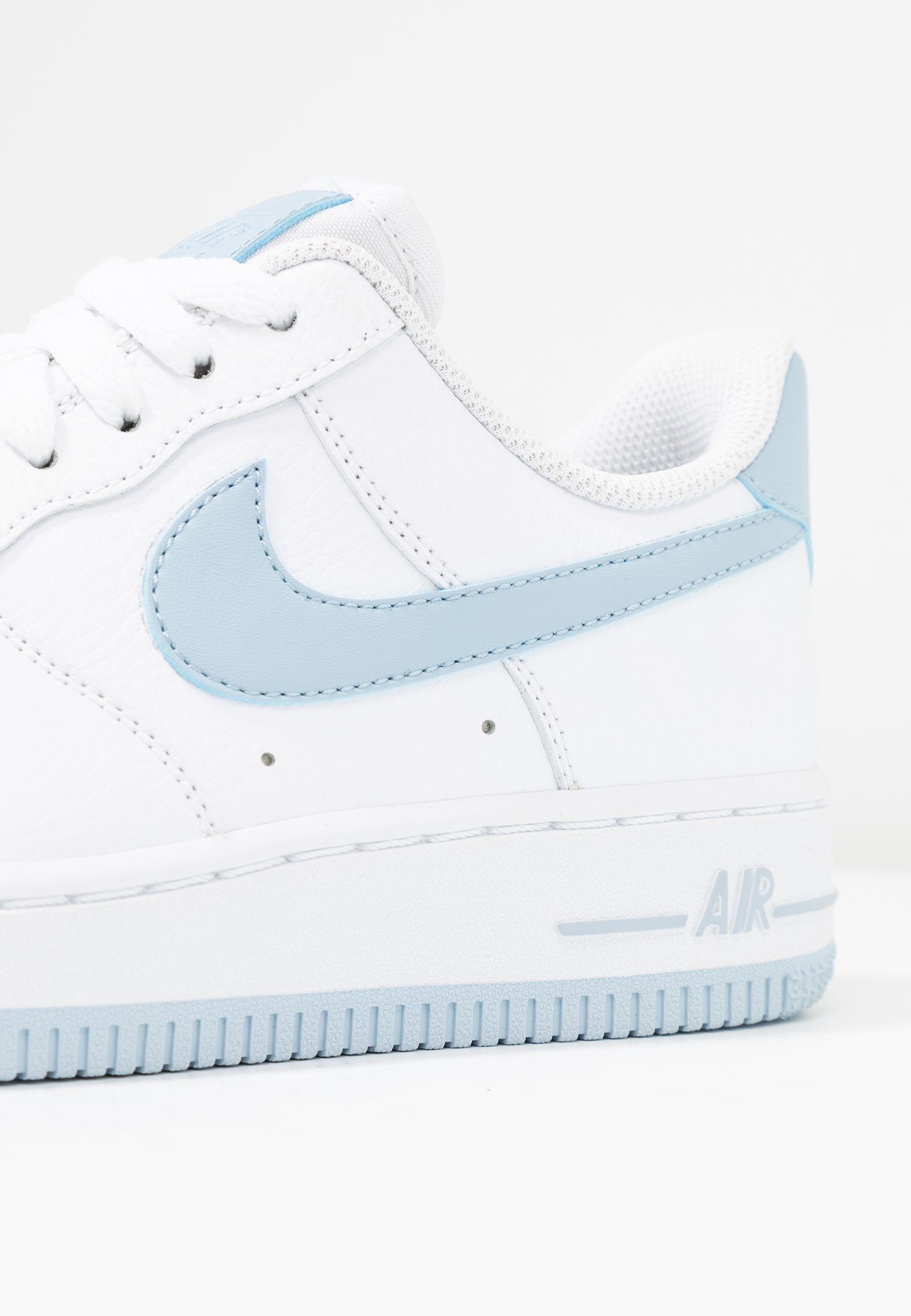 Nike AIR FORCE 1'07 Baskets basses whitelight armory blue