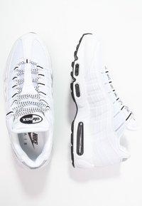 Nike Sportswear - AIR MAX '95 - Tenisky - white/black - 1