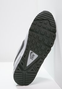 Nike Sportswear - AIR MAX COMMAND - Sneakers basse - wolf grey/metallic dark grey/black/white - 4