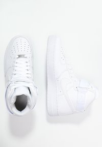 Nike Sportswear - AIR FORCE 1 '07 - Sneakers alte - white - 1