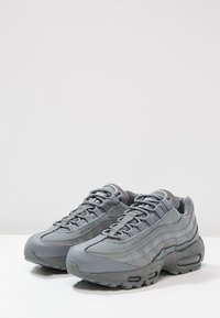 Nike Sportswear - AIR MAX 95 ESSENTIAL - Sneakers laag - cool grey - 2