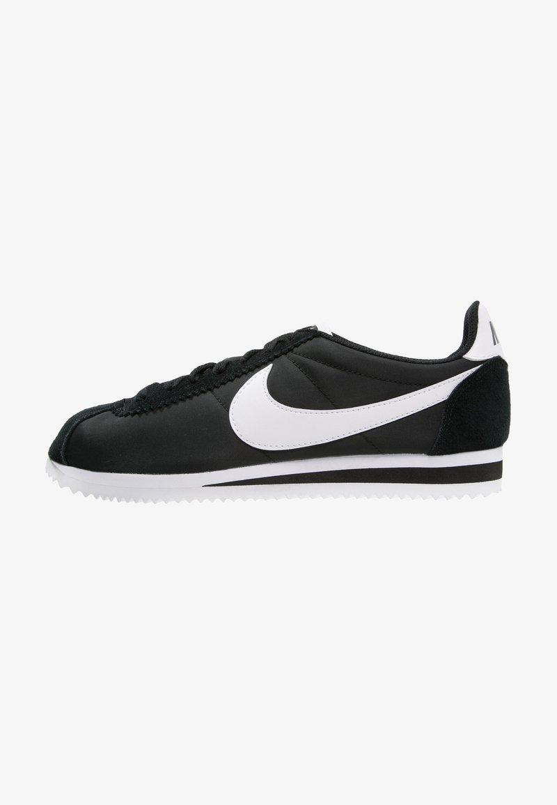 Nike Sportswear - CLASSIC CORTEZ - Sneakersy niskie - black/white