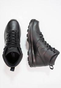 Nike Sportswear - MANOA - Korkeavartiset tennarit - schwarz - 1