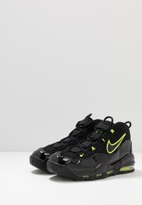 Nike Sportswear - AIR MAX UPTEMPO '95 - Sneakers alte - black/volt - 3