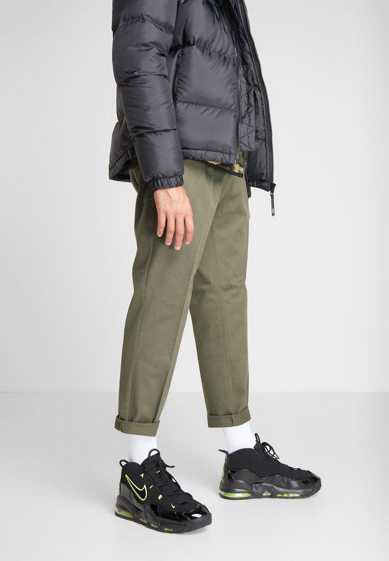 Nike Sportswear - AIR MAX UPTEMPO '95 - Vysoké tenisky - black/volt