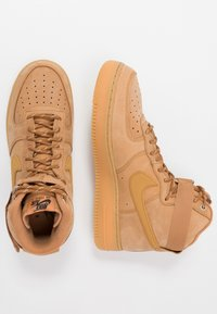 Nike Sportswear - AIR FORCE 1 - Baskets montantes - flax/wheat - 1
