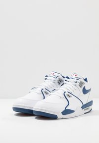 Nike Sportswear - AIR FLIGHT 89 - Korkeavartiset tennarit - white/dark royal blue/varsity red - 3