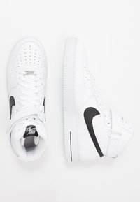 Nike Sportswear - AIR FORCE 1 '07  - Sneakers alte - white/black - 1