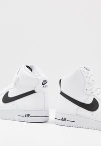 Nike Sportswear - AIR FORCE 1 '07  - Sneakers alte - white/black - 5
