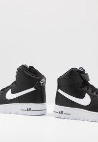 Nike Sportswear - AIR FORCE 1 '07  - Vysoké tenisky - black/white - 5