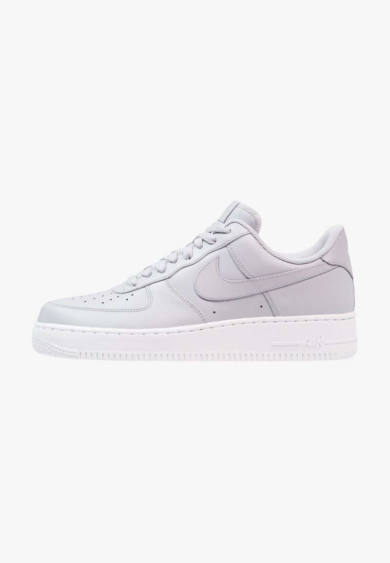 Nike Sportswear - AIR FORCE - Sneaker low - wolf grey/white