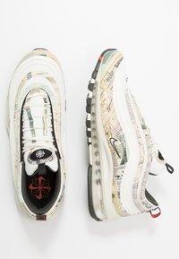 Nike Sportswear - AIR MAX 97 - Sneakersy niskie - sail/white/black/team orange - 1