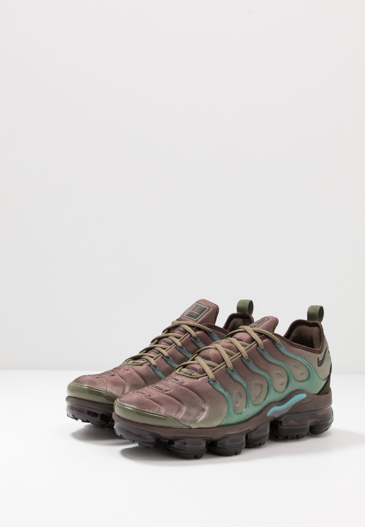 Nike Sportswear AIR VAPORMAX PLUS - Baskets basses medium olive/black/baroque brown/ teal