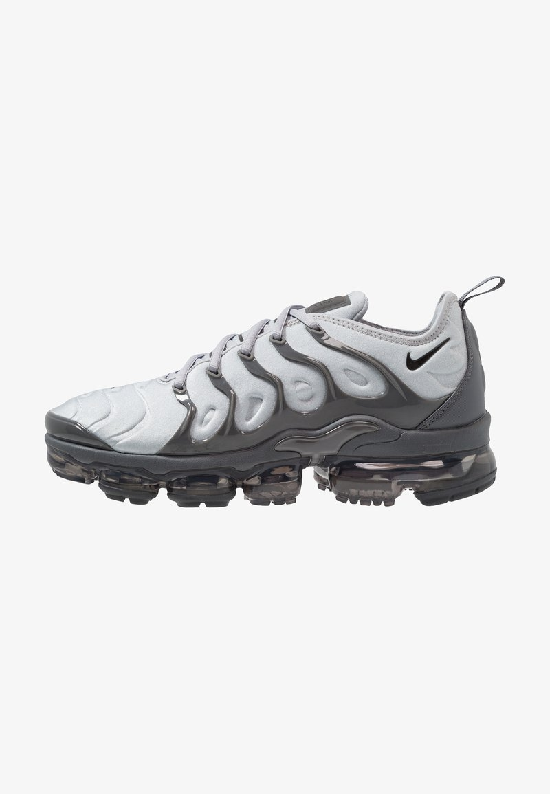 Nike Sportswear - AIR VAPORMAX PLUS - Matalavartiset tennarit - wolf grey/black/dark grey