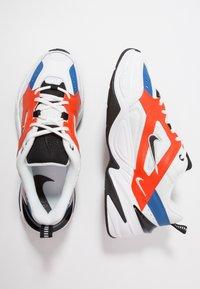 Nike Sportswear - M2K TEKNO - Sneakersy niskie - summit white/black/team orange/mountain blue - 2