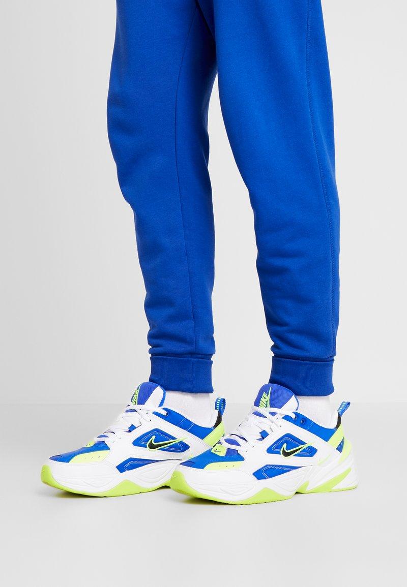 Nike Sportswear - M2K TEKNO - Matalavartiset tennarit - white/black/volt/racer blue