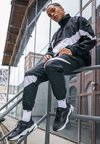 Nike Sportswear - M2K TEKNO - Baskets basses - black/offwhite/obsidian