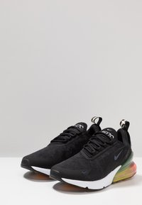 Nike Sportswear - AIR MAX 270 - Sneakers - black/laser orange/ember glow - 1
