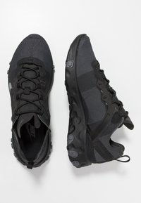 Nike Sportswear - REACT - Trainers - black/dark grey