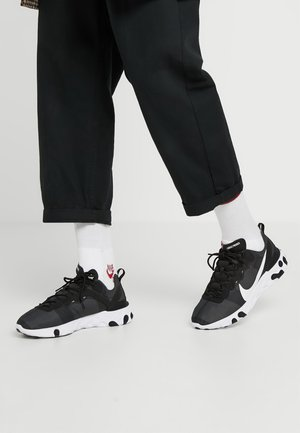 REACT 55 - Baskets basses - black/white