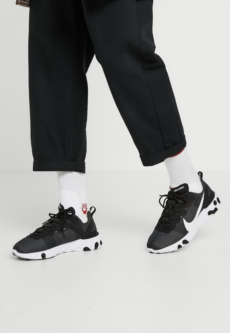Nike Sportswear - REACT 55 - Baskets basses - black/white