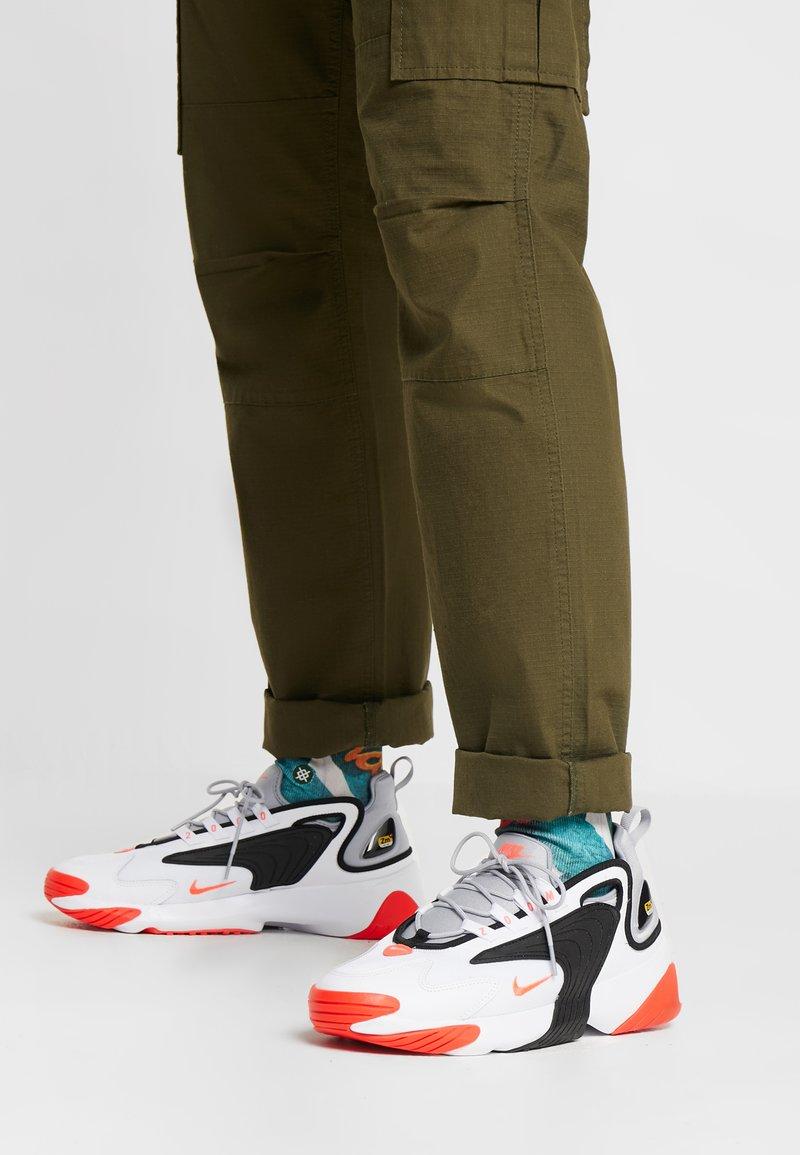Nike Sportswear - ZOOM 2K - Sneakers - white/infrared 23/wolf grey/black