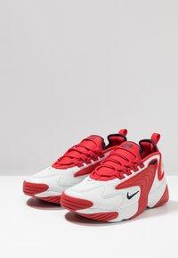 Nike Sportswear - ZOOM 2K - Sneakers - offwhite/obsidian/university red - 2