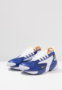 Nike Sportswear - ZOOM 2K - Sneakers - deep royal blue/orange peel/white - 3