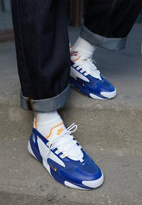 Nike Sportswear - ZOOM 2K - Sneakers - deep royal blue/orange peel/white - 7