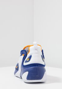 Nike Sportswear - ZOOM 2K - Sneakers - deep royal blue/orange peel/white - 4