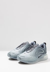 Nike Sportswear - AIR MAX 720 - Sneakers laag - anthracite/black/metallic silver - 1