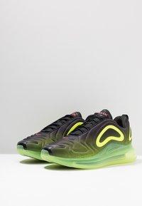 Nike Sportswear - AIR MAX 720 - Sneakersy niskie - black/bright crimson/volt - 3
