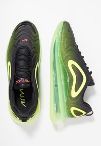 Nike Sportswear - AIR MAX 720 - Sneakersy niskie - black/bright crimson/volt - 2