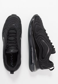 Nike Sportswear - AIR MAX 720 - Sneakersy niskie - black/anthracite - 1