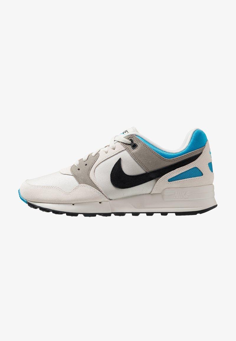 Nike Sportswear - AIR PEGASUS '89 SE - Trainers - light bone/black/vivid blue/light taupe/swan