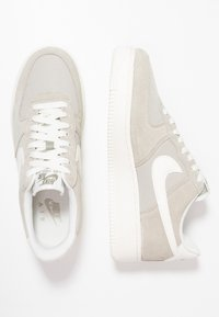 Nike Sportswear - AIR FORCE 1 '07 - Zapatillas - spruce fog/sail - 1
