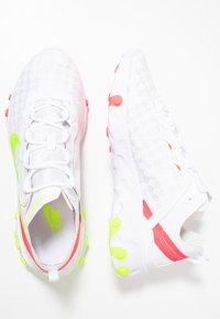 Nike Sportswear - REACT ELEMENT 55 - Sneakers - white/volt/flash crimson/hyper crimson - 2