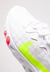 Nike Sportswear - REACT ELEMENT 55 - Sneakers - white/volt/flash crimson/hyper crimson - 6