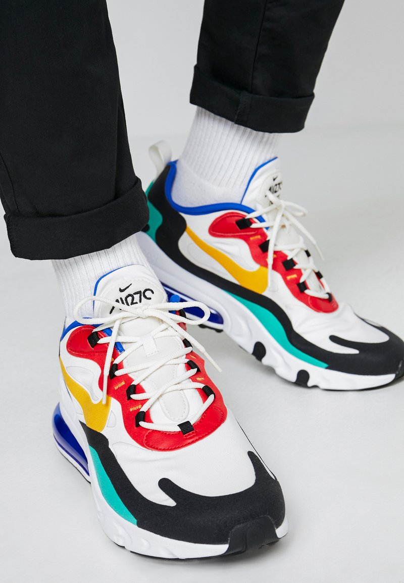 Nike Sportswear - AIR MAX 270 REACT - Sneakers basse - phantom/university  gold/university  red/black/kinetic green/hyper royal
