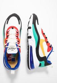 Nike Sportswear - AIR MAX 270 REACT - Tenisky - phantom/university  gold/university  red/black/kinetic green/hyper royal - 2